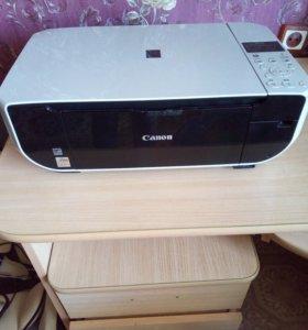 Продам цветной принтер Canon.