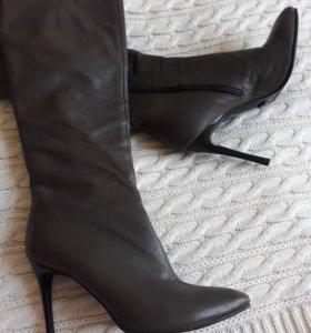 Новые кожаные сапоги . Enzo logana