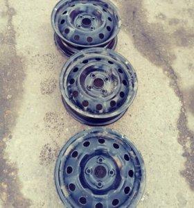 Штампованные диски R13 от Kia Rio