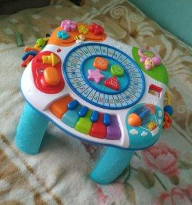 Развивающий столик baby go