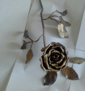 Роза садовая, из железа, сувенирная продукция