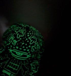 Кепка светящаяся в темноте