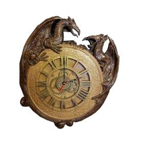 Резные часы с драконами. Бук