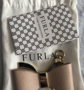 Фирменный брелок на сумку Furla