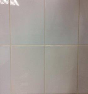 Плитка керамическая белая глянцевая демонтированна