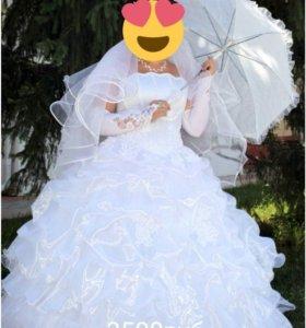 Продам платье свадебное )
