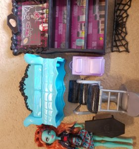 Комплект кукла и мебель