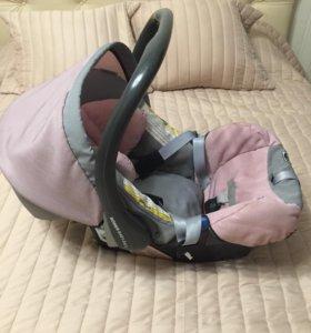 Автокресло (автолюлька) Römer Baby