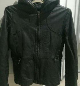Куртка кожанная (финляндия)