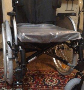 Кресло-коляска для инвалидов комнатно-прогулочная