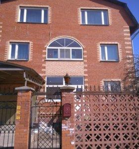 Коттедж, 400 м²