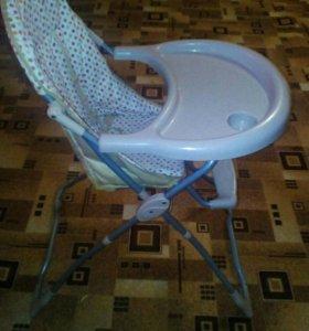 Детский стульчик для кормление