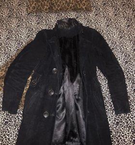 Продам замшевое пальто 🦋