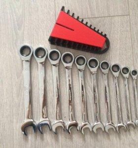 Наборы ключей с трещеткой (Cr-V)