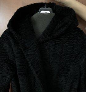 Меховое пальто MaxMara