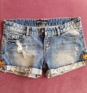 Шорты джинсовые.XL