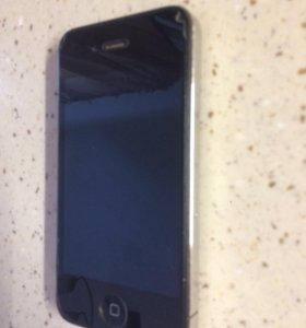 iPhone 4s, чехол и зарядка в подарок.