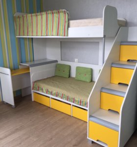Комплект мебели с двухярусной кроватью