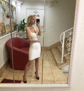 Платье  белое бандажное