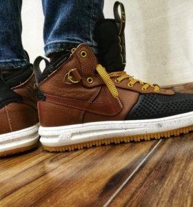 Кроссовки Nike AIR