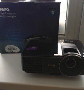 Проектор BenQ MS500 и Проекционный экран 2м*2м