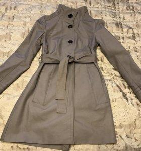 Тренч/ пальто Zara