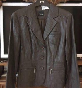 Женская кожаная куртка пиджак Taifun новая