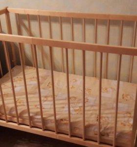 Детская кроватка в идеальном состоянии.