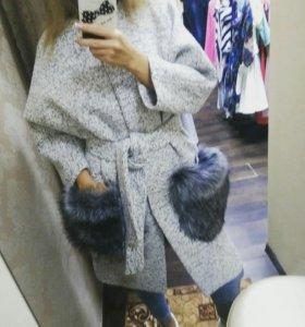 Пальто, карманы мех
