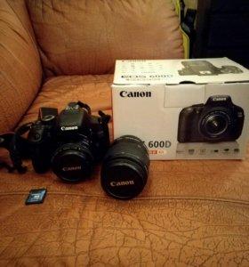 Зеркальный фотоаппарат Canon 600 D