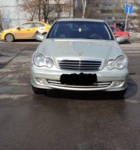 Mercedes-Benz C-klasse, II (W203) Рестайлинг 200 1.8 AT (163 л.с.)