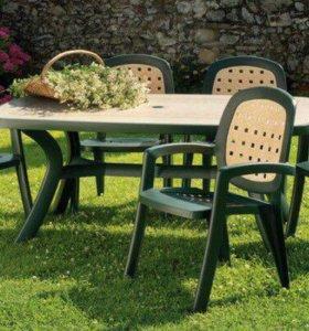 Стол и стулья дачные