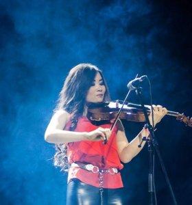 Скрипачка на праздник, музыкальное сопровождение
