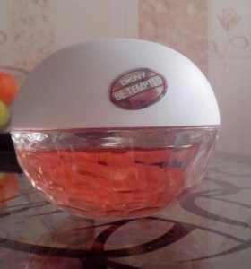 DKNY BE TEMPTED icy apple 50 мл