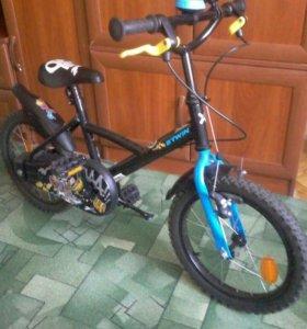 Детский велосипед B'twin PiraBike.