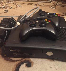 Xbox 360 на 500гб и два геймпада, прошитый 54 игр