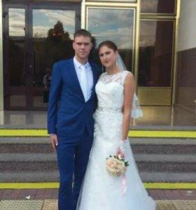 Свадебное платье 👗 счастливое продам