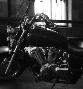 Мотоцикл Honda Shadow Aero