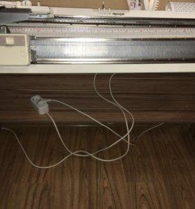 Вязальная машинка Brother KR-838