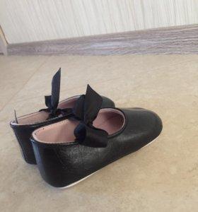 Туфельки для малышки-НОВЫЕ