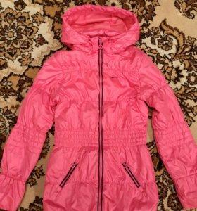 Куртка р140/146 теплая весна