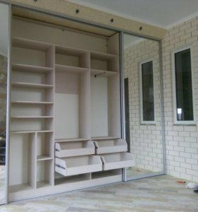 Изготовление корпусной мебели на заказ. Кухни/шкаф