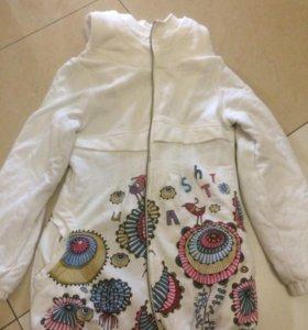 Симпатичная куртка- пальто