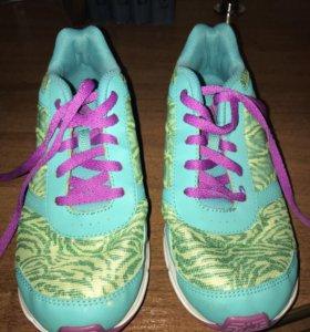 Кроссовки Адидас для девочки