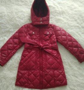Новое пальто для девочки.