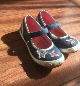 Туфли на девочку размер 30