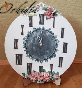 Часы настенные с элементами скульптурной живописи