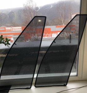 Шторки на Тайота Камри. На передние боковые окна.