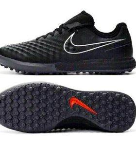 Сороконожки Nike MagistaX
