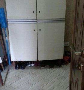 Шкаф напольный четырехдверный